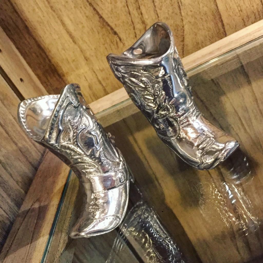 arthur-court-designs-the-find-reno-cowboy-boots