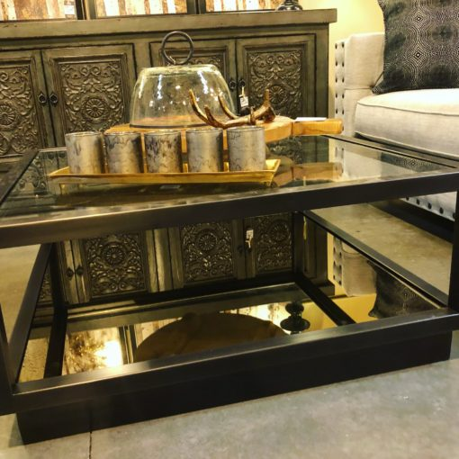 5 Easy Ways to Style the Coffee Table