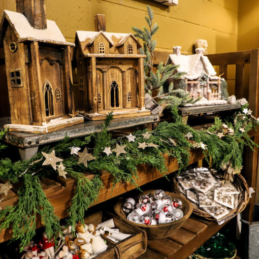 Five Must-Haves for The Best Holiday Decor